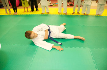Judo Side Break Fall Training in Wyndham Vale