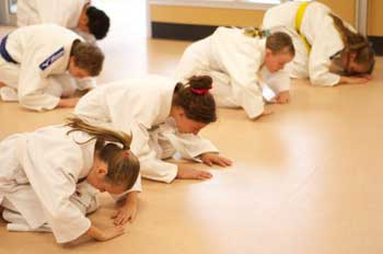 Kids Shotokan Karate Bow Out